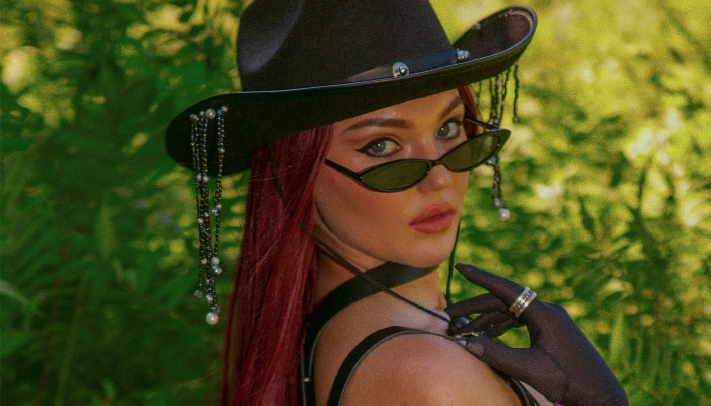 """FRÉNE släpper ny singel: """"Jag tycker att det är lite småkul att snubbar njuter av att bli kallade """"bad boys""""."""""""