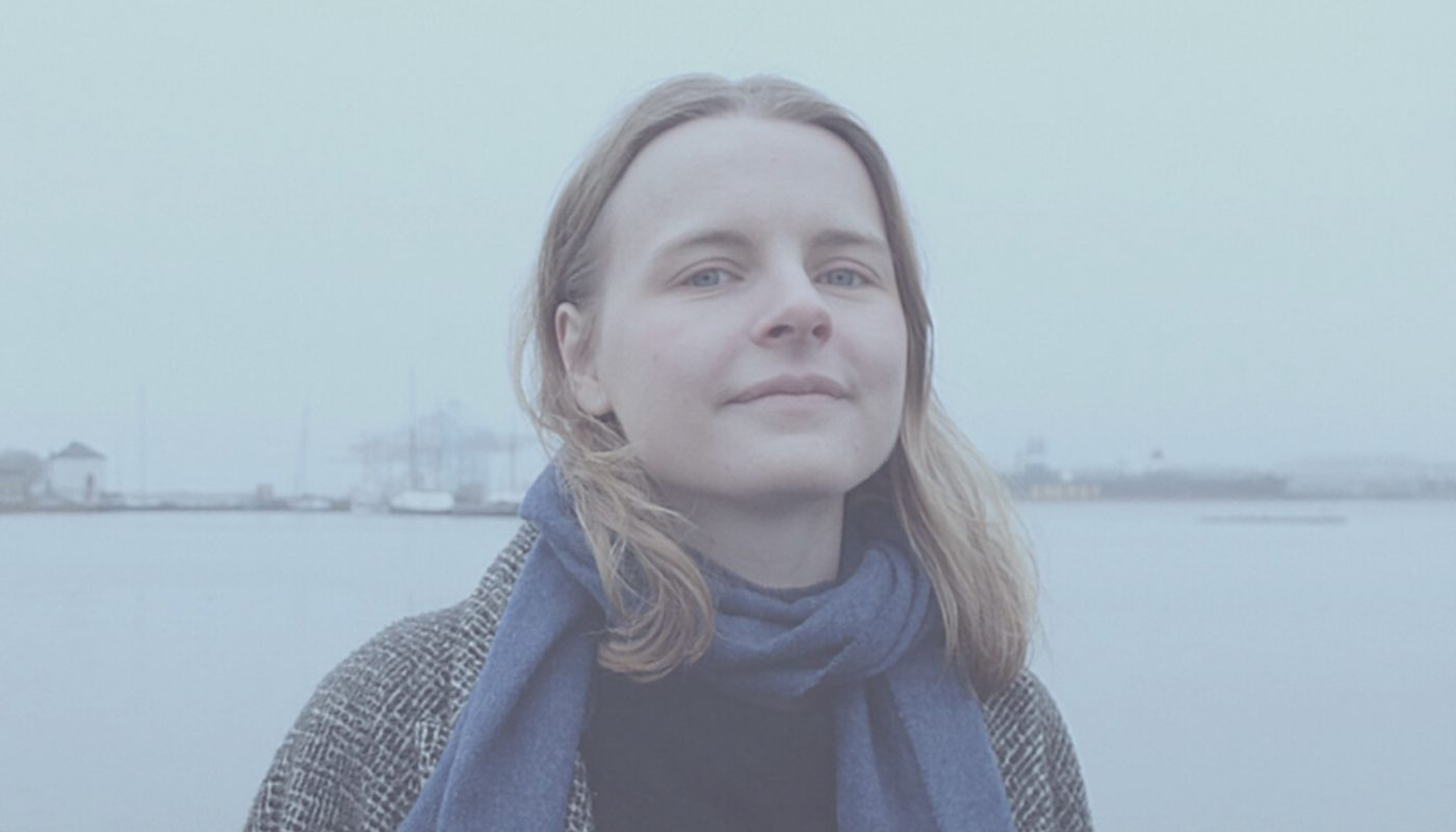 """Klara Goliger solodebuterar: """"Låtarna på EP:n är som små bitar ur mitt tjugoandra år."""""""